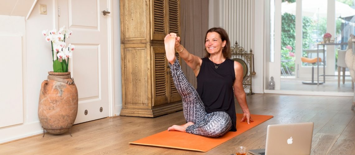 online Yoga Therapy Class